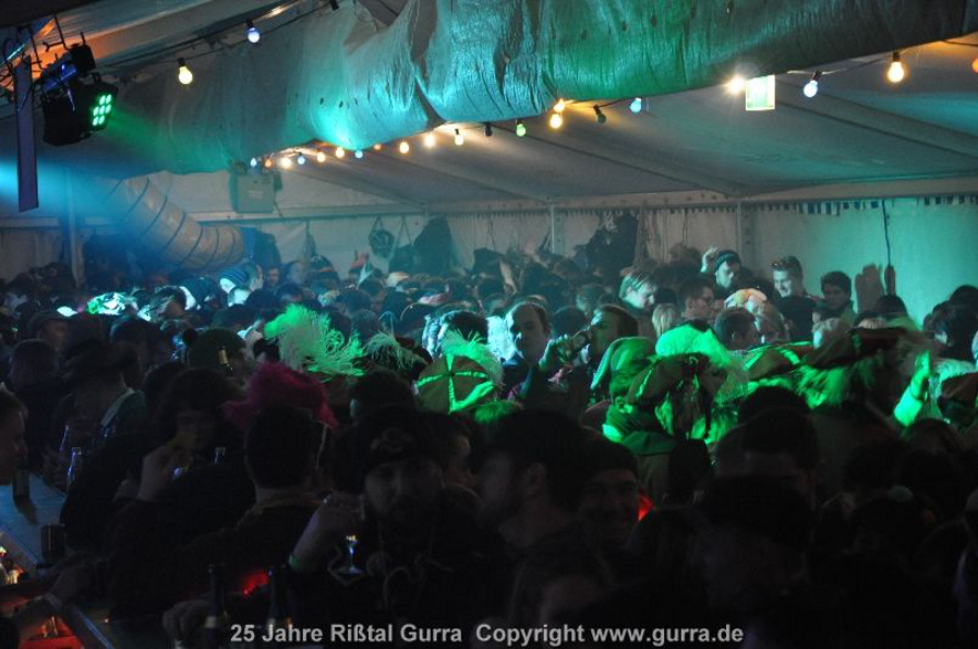 01gurraparty2014.jpg